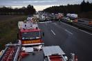 Verkehrsunfall mit 2 PKW`s und 1 LKW (
